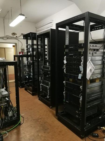 Server room / 2
